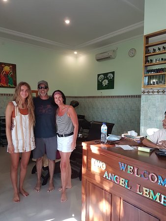 Two Angel Lembongan Spa: Family time with beauty nails ; manicure and padicure DND sellac