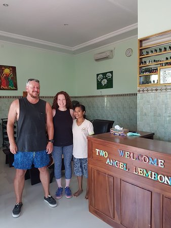 Two Angel Lembongan Spa: amazing couple with facial together