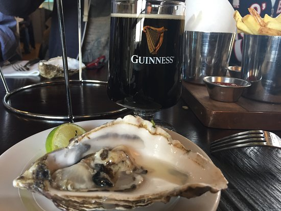The Brewer's Dining Hall - Guinness Storehouse: Oyster with Guinness extra stout a great classic combination.