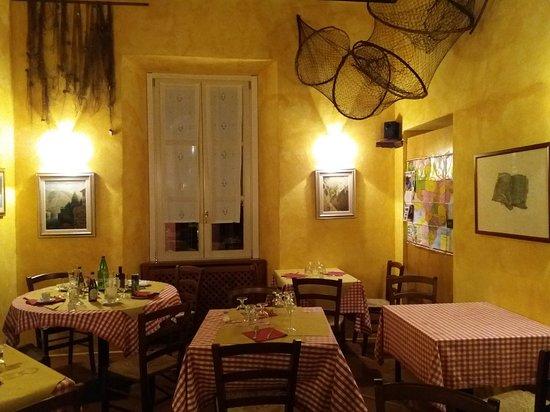 Laglio, Italia: 20180517_224534_large.jpg