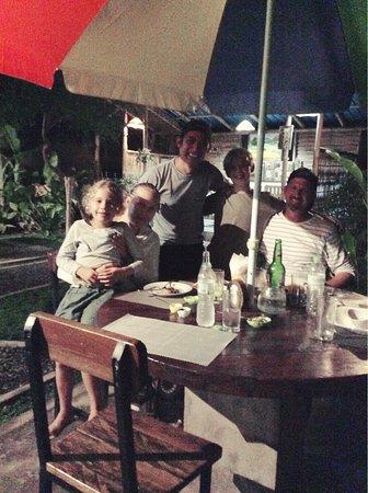 Антуран, Индонезия: A beautiful family...we will look forward to see you all again!!
