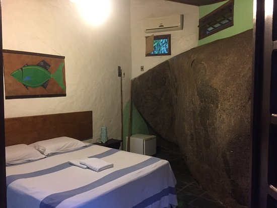 Pousada Cachoeira: Room with a Rock!