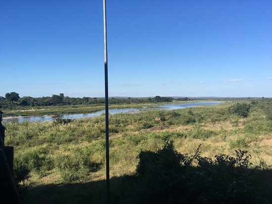 Lower Sabie Restcamp: fiume.