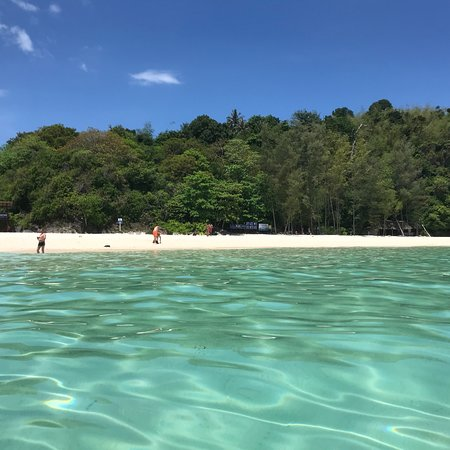 Full-Day Phi Phi and Khai Island Tour by Speedboat from Phuket ภาพถ่าย