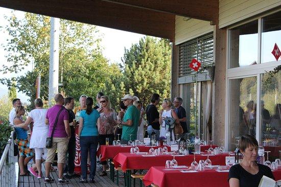 Cham, Švajcarska: Mit Terrasse für Apéro und Grillabende