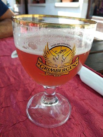 Dampierre-en-Yvelines, France: TA_IMG_20180520_130210_large.jpg