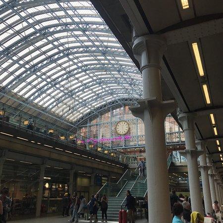 St. Pancras International Station ภาพถ่าย