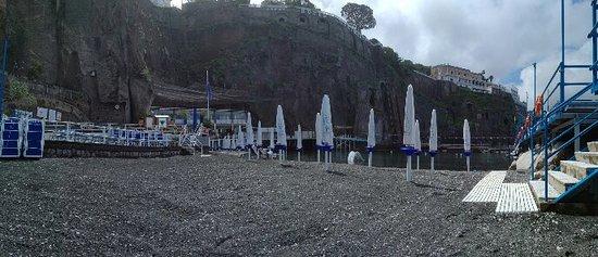 Sant'Agnello, Italien: IMG_20180509_1128571-panorama_large.jpg