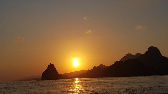 3 Day / 2 Nights of Flores Beauty