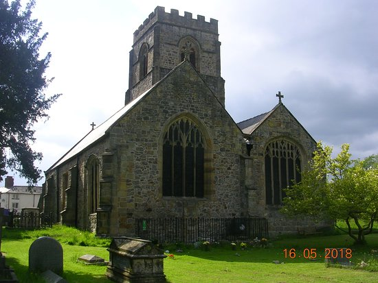 The back of St. Mary's Church (Chirk)