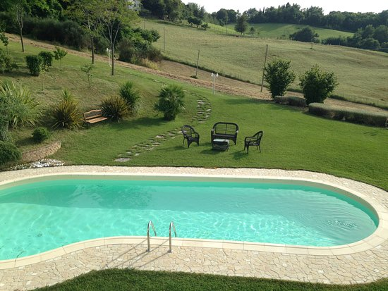 Montelabbate, Italy: SWIMMING POOL