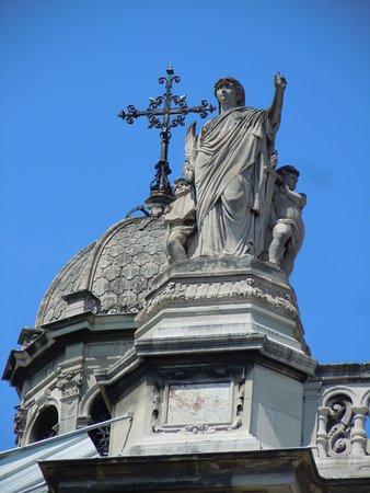 Statue La Tempérance