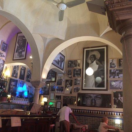 Cerveceria giralda s ville casco antiguo restaurant avis num ro de t l phone photos - Chambres d hotes seville ...