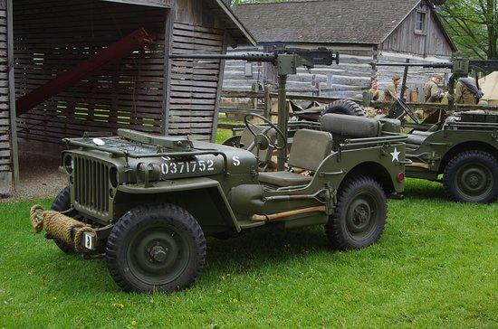Newburg, WI: Various Army jeeps.