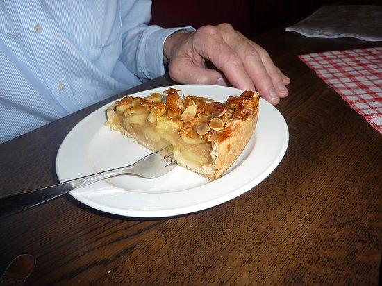 Brohl-Luetzing, เยอรมนี: Apfelkuchen