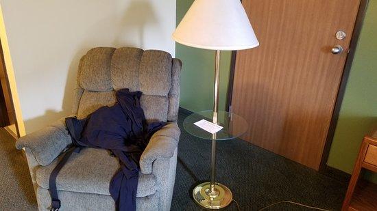 Colby, KS: Nice chair for you stuff