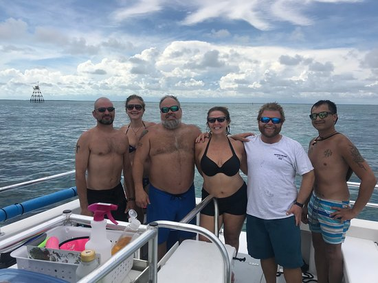 Paradise Island Charters: A perfect day on Molasses Reef