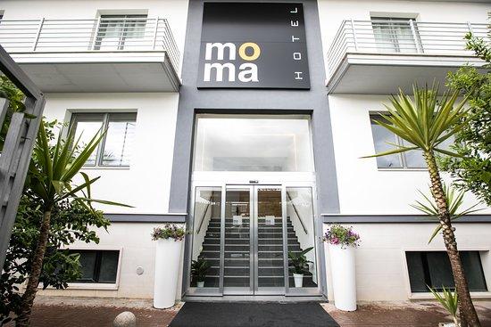 Moma Hotel: Ingresso Hotel