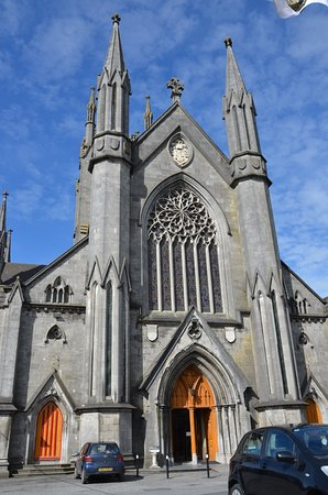 St Marys Cathedral: St Mary's Cathedral on a sunny day