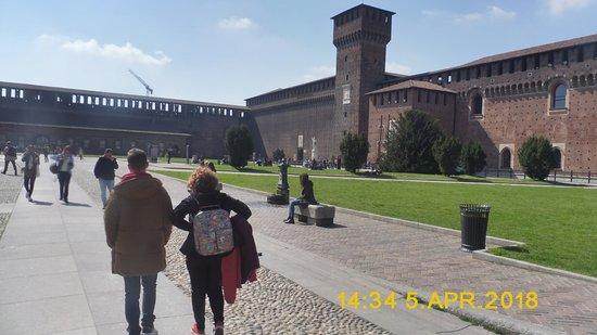Castello Sforzesco: Vista do interior do Castelo