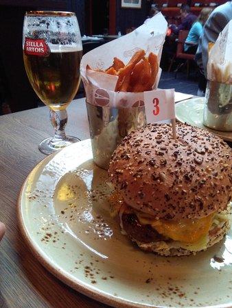 Groot-Bijgaarden, Bélgica: Burger Uncle Sam