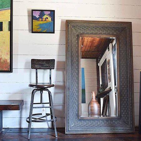 Chester, VT: Art & mirror ❤️