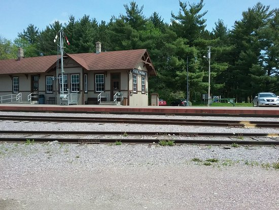 Mid-Continent Railway Museum: 20180519_140814_large.jpg