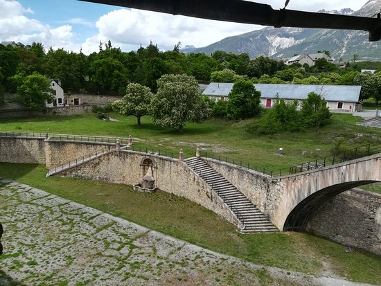Mont-Dauphin, فرنسا: IMG_20180520_160811_large.jpg
