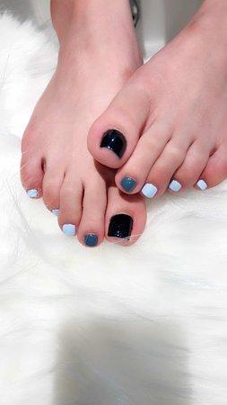 The Garden Nail Spa: She choose a Korean style!