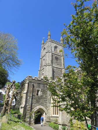 Fowey Parish Church - St Fimbarrus