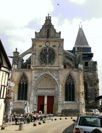 Eglise Saint Jacques le majeur et Saint Christophe