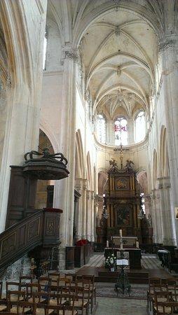Eglise Saint Jacques le majeur et Saint Christophe: Perspective