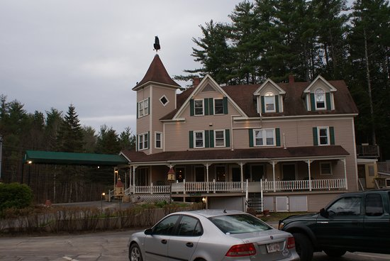 Bernerhof Inn Bed and Breakfast: Sorry Jeremiah, the pic could have been better. I'll get the hang of it eventually.