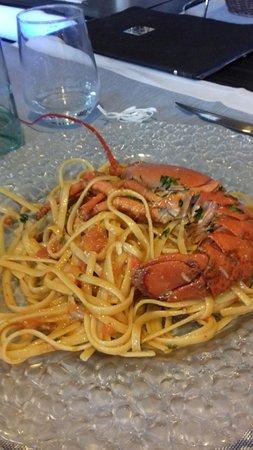 Delfino Blu Restaurant & Pizza : Linguine all'astice