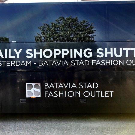 fa0f99cdbb4 Daily Shopping Shuttle - Picture of Batavia Stad Amsterdam Fashion ...