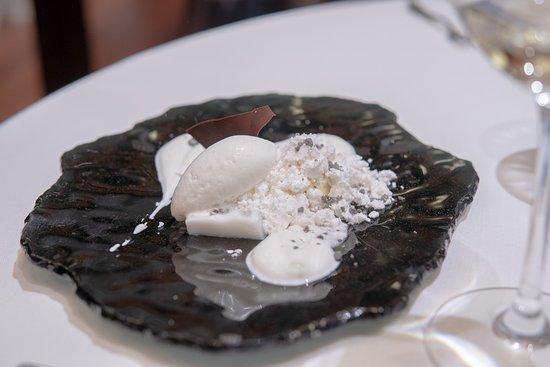 Restaurante Auga : Yogurt chocolate Blanco + coco