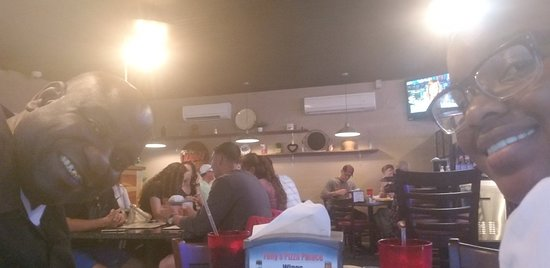 Elgin, SC: Tonys Pizza Palace