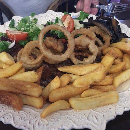 Quidhampton, UK: Rump steak for two
