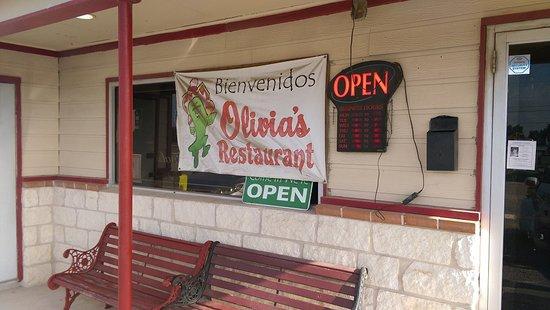 Hondo, تكساس: Olivias's Restaurant Hondo TX