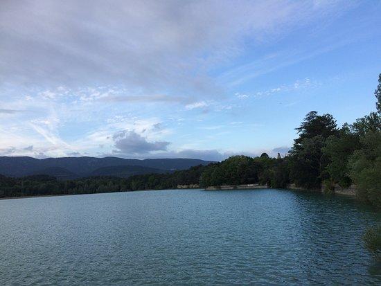 La Motte-d'Aigues, Francja: Etang de la Bonde, mai 2018