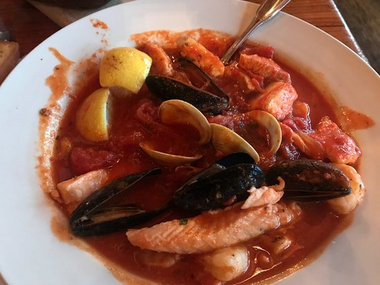 ‪‪West Tisbury‬, ماساتشوستس: seafood stew......the BEST!!!!‬