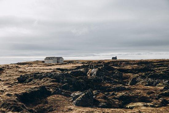 Budir, Islandia: Photo by Anna & Alex: