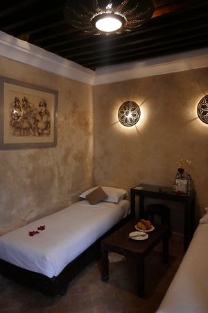 Riad Kalaa: Lower level of La Sultane (queensize bed is upstairs)