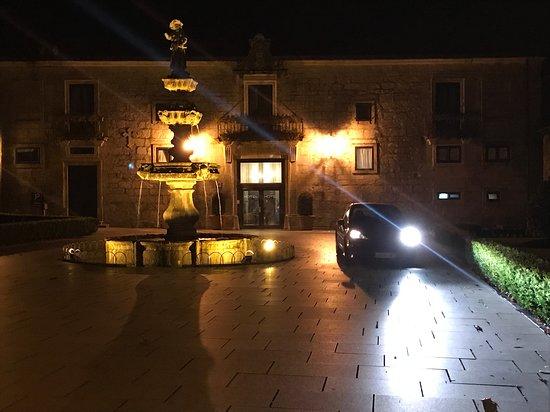 Hotel Monumento Pazo de Lestrove Picture