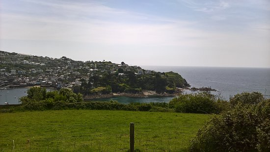 Keith's Cornish Tours : The entrance to Fowey Harbour