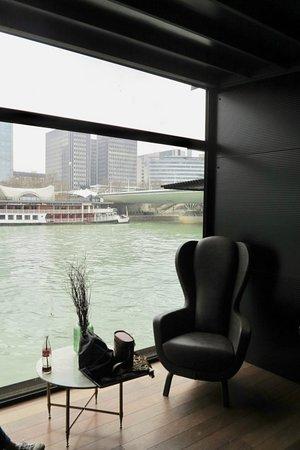 Hotel OFF Paris Seine: veduta della Senna