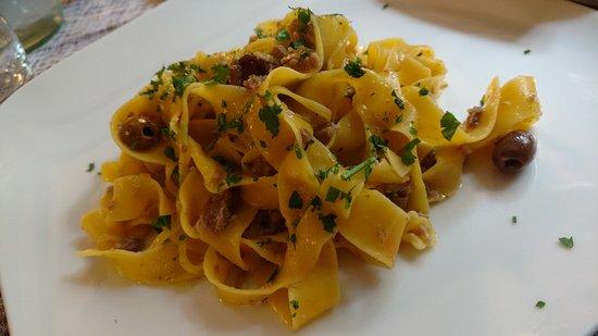 Enoteca Coldai: Lasagne con ragù di coniglio e olive