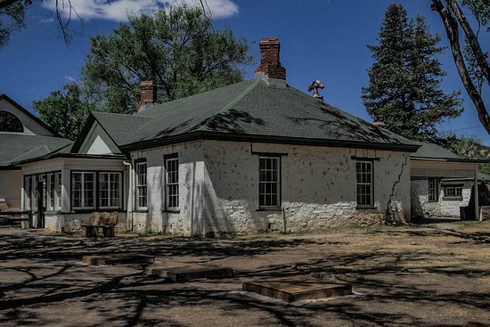Fort Stanton Historical Site: Officer's home at Ft. Stanton.