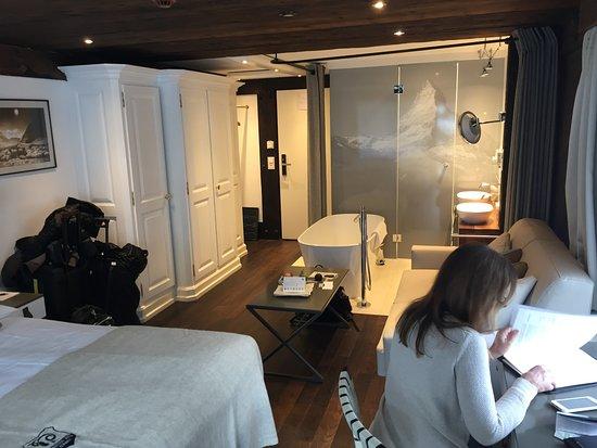 Hotel Alpenhof: Room 204
