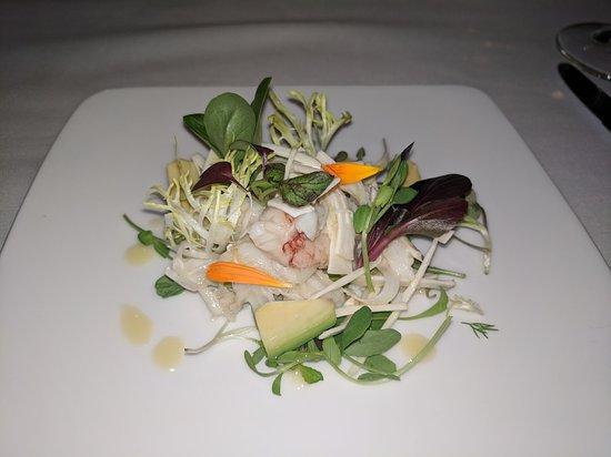 Forestville, Kalifornia: Dinner at Farmhouse Inn - Dungeness Crab Palm Heart Salad